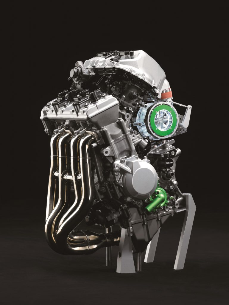 Kawasaki Z900 RS (2)