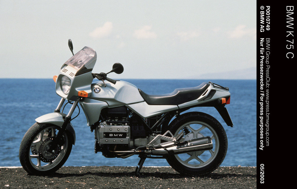 Motos BMW con motor de avión y coche MotorADN (26)