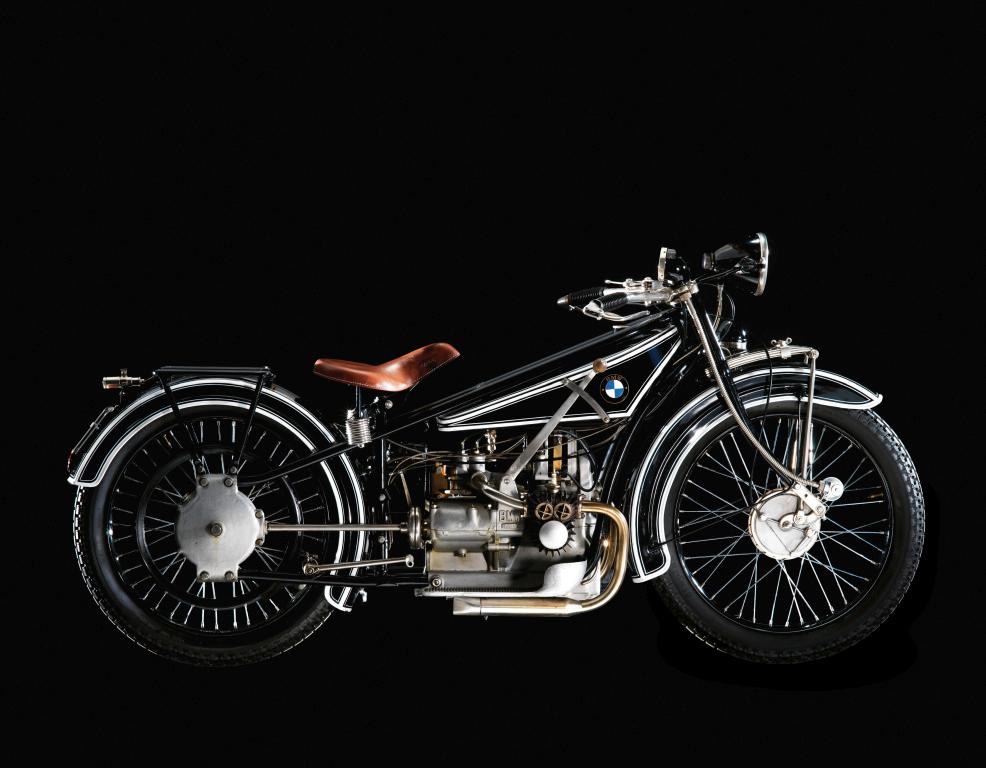 Motos BMW con motor de avión y coche MotorADN (8)