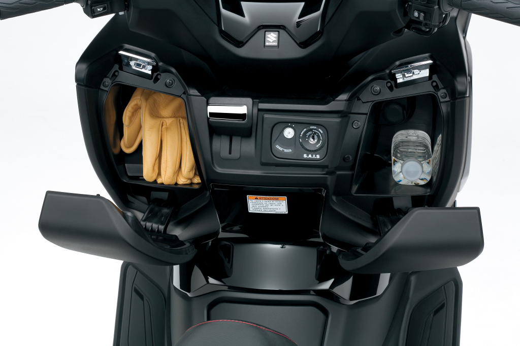 Suzuki Burgman 400 2017 presentación MotorADN (23)