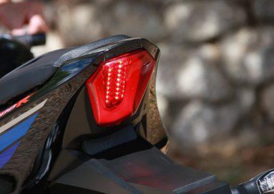 Suzuki GSXR 1000R 2017 prueba MotorADN (6)