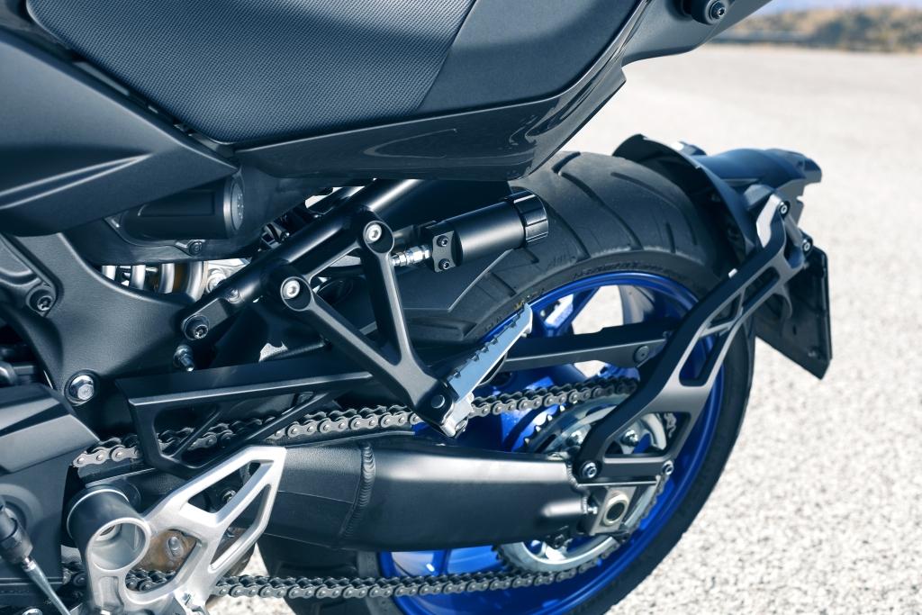 Yamaha Niken 2018 MotorADN (13)
