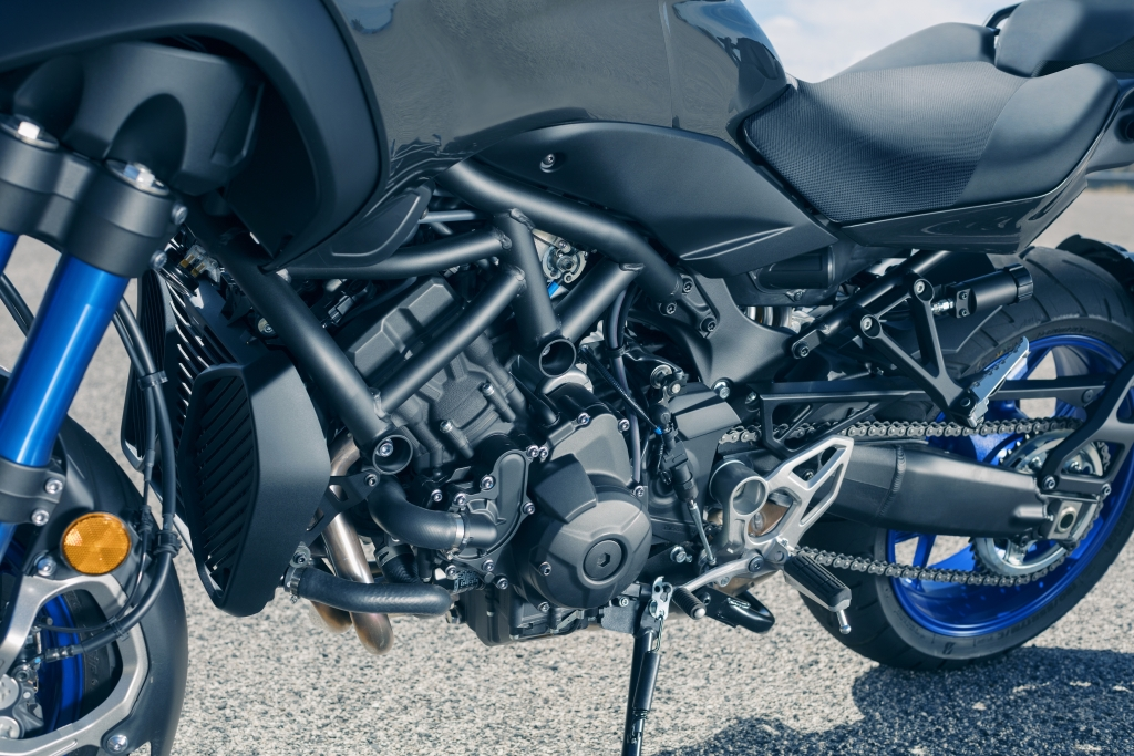 Yamaha Niken 2018 MotorADN (14)