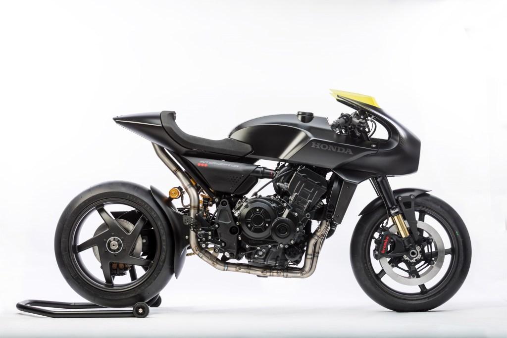 Honda CB4 'Interceptor' Concept 2017 MotorADN red (1)
