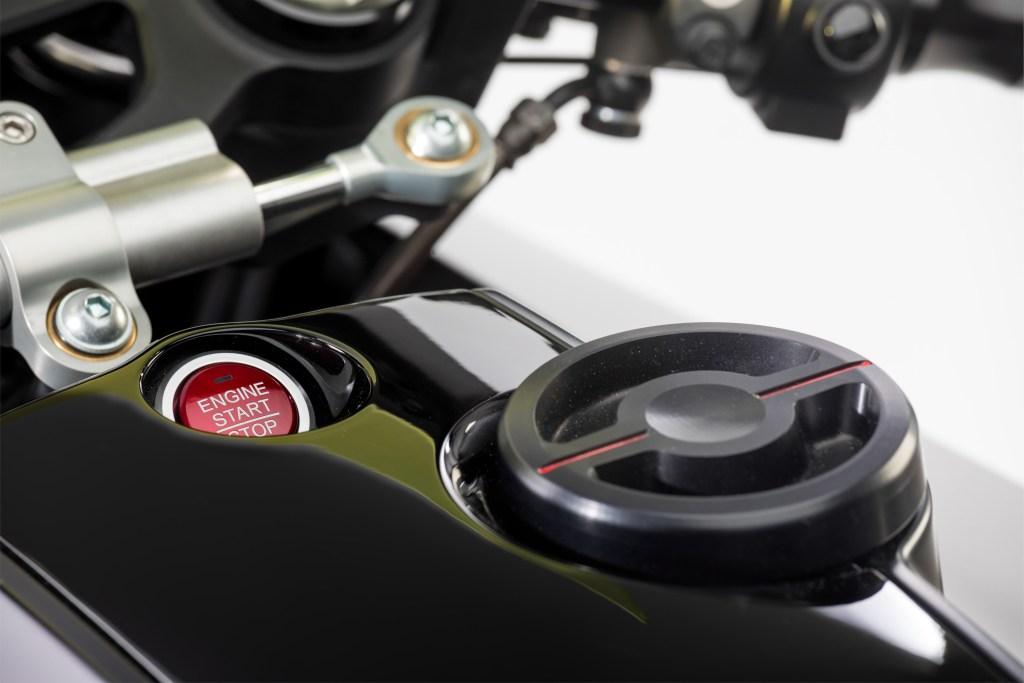 Honda CB4 'Interceptor' Concept 2017 MotorADN red (14)
