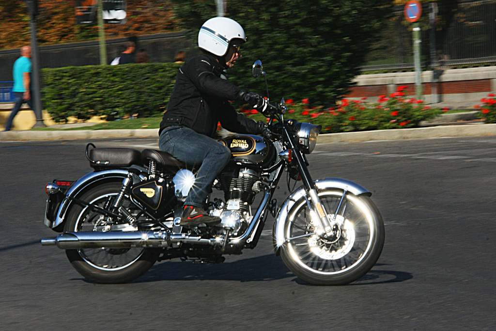 Royal Enfield Classic 500 Chrome 2017 MotorADN (34)