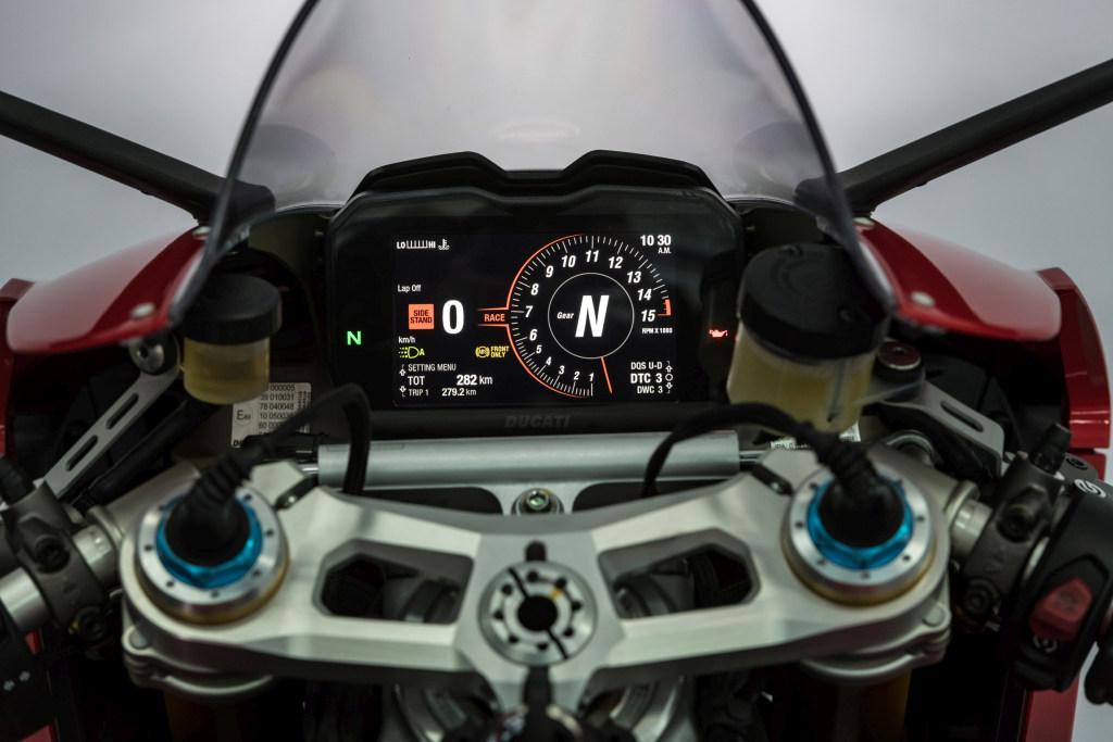 Ducati Panigale V4 presentación prensa Cheste 2018 MotorADN (121)