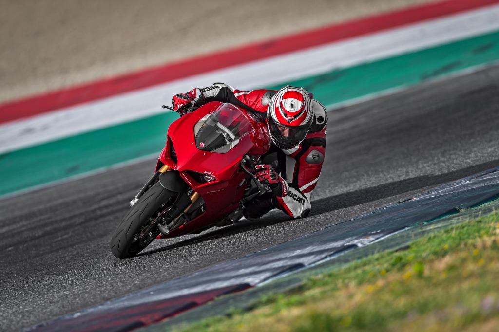 Ducati Panigale V4 presentación prensa Cheste 2018 MotorADN (123)