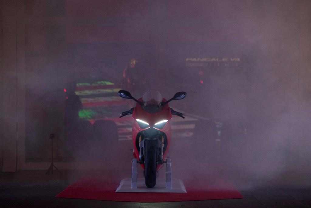 Ducati Panigale V4 presentación prensa Cheste 2018 MotorADN (61)