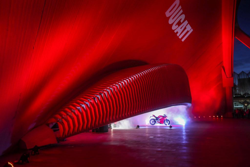 Ducati Panigale V4 presentación prensa Cheste 2018 MotorADN (91)