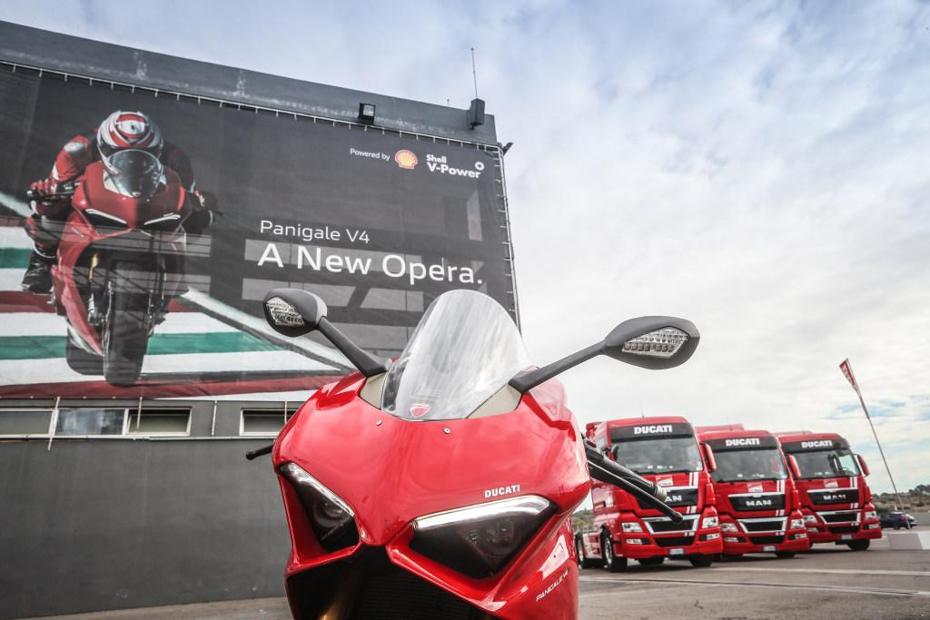 Ducati Panigale V4 presentación prensa Cheste 2018 MotorADN (97)