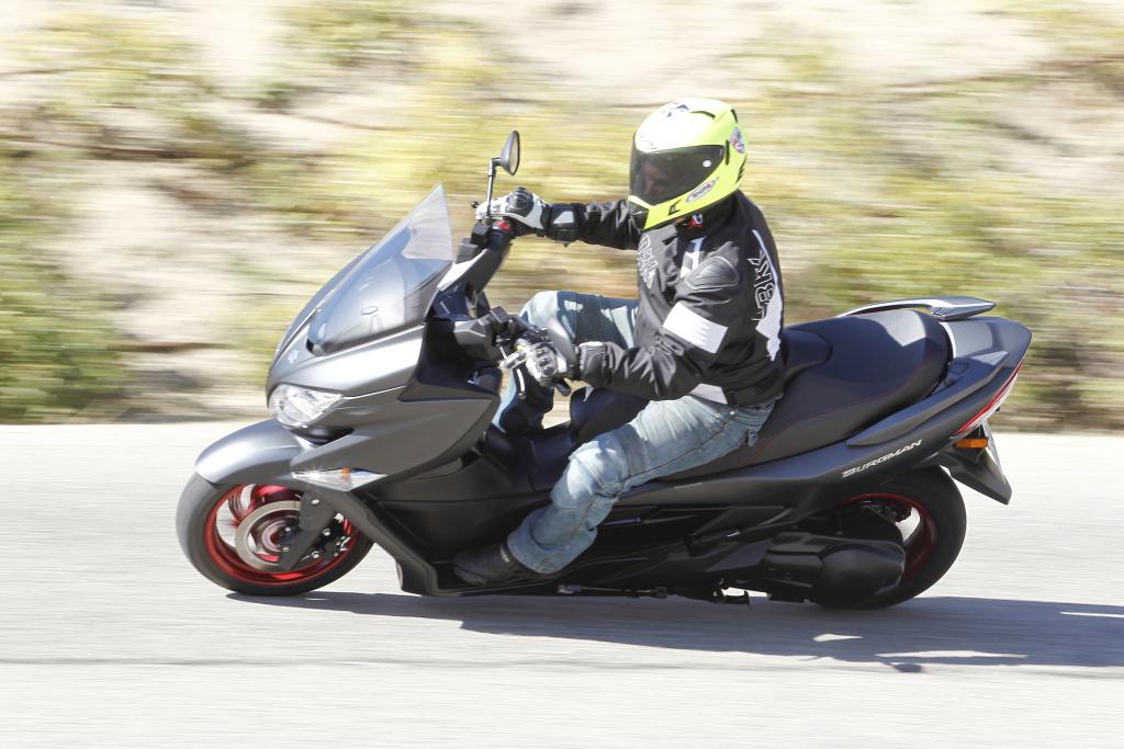 Suzuki Burgman 400 2017 prueba MotorADN (36)