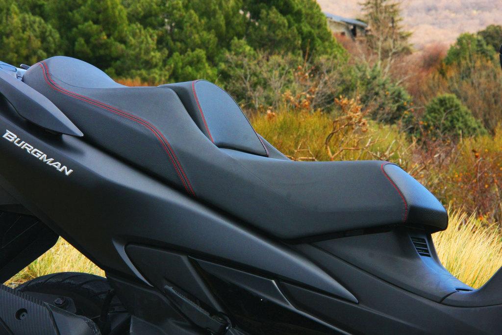 Suzuki Burgman 400 2017 prueba MotorADN (5)