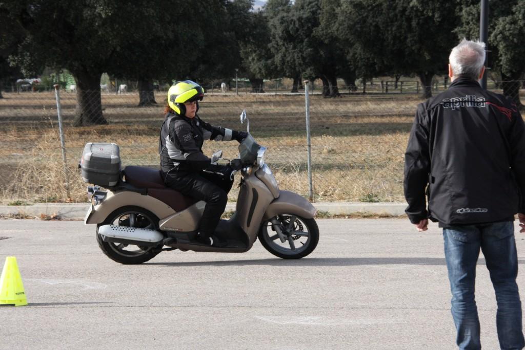 Curso de conducción segura RGP SCHOOL MOTORADN (13)