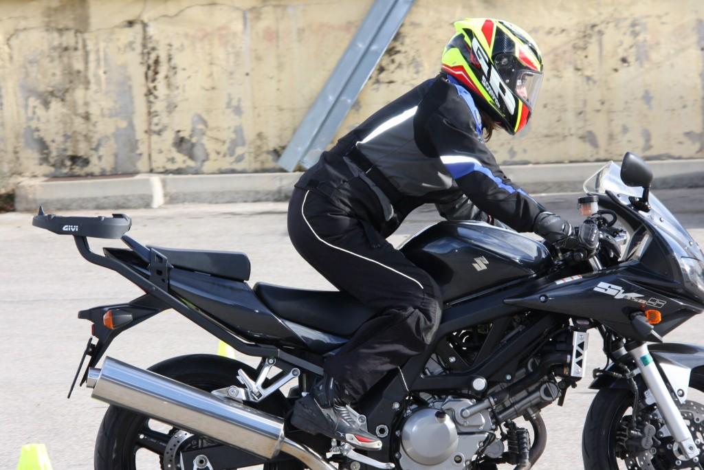 Curso de conducción segura RGP SCHOOL MOTORADN (27)