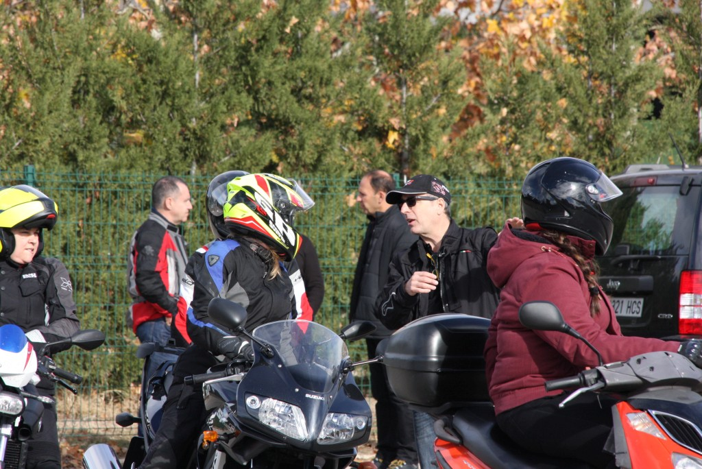 Curso de conducción segura RGP SCHOOL MOTORADN (32)