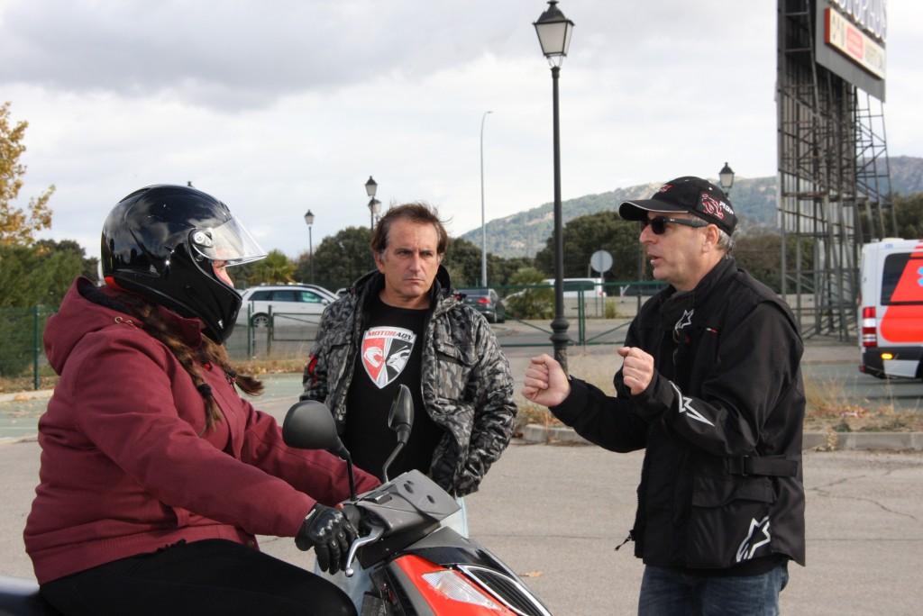 Curso de conducción segura RGP SCHOOL MOTORADN (35)