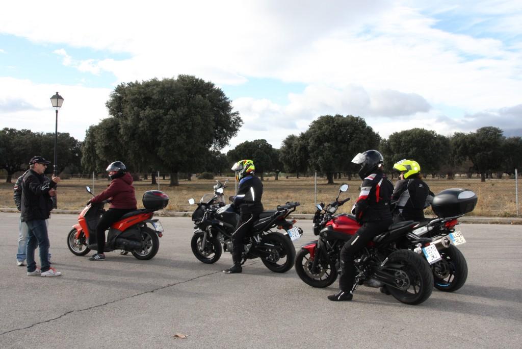 Curso de conducción segura RGP SCHOOL MOTORADN (37)