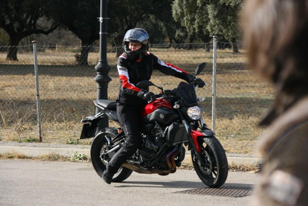 Curso de conducción segura RGP SCHOOL MOTORADN (76)