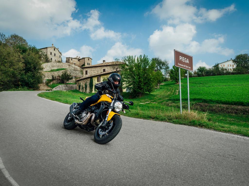 Ducati Monster 821 2018 prueba MotorADN (100)