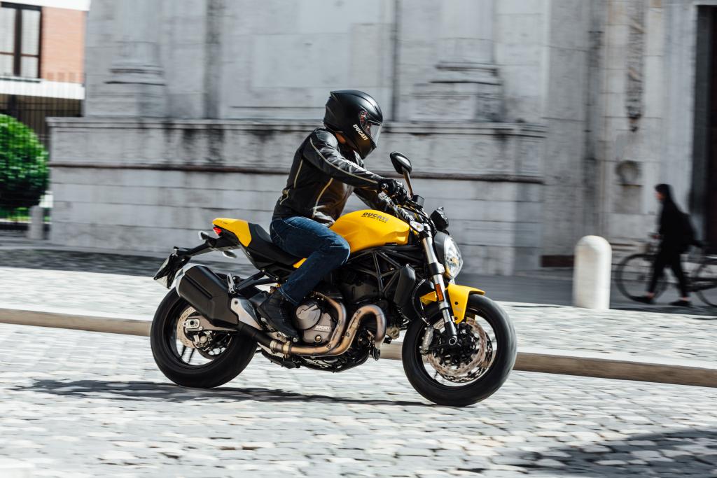 Ducati Monster 821 2018 prueba MotorADN (113)