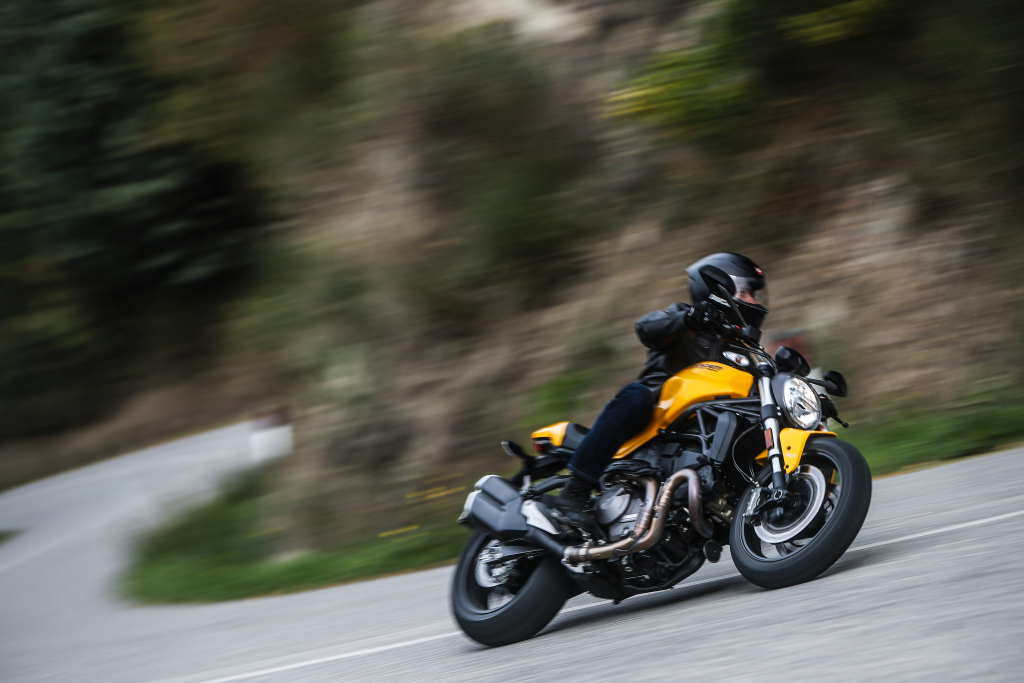 Ducati Monster 821 2018 prueba MotorADN (47)