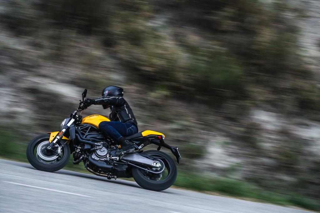 Ducati Monster 821 2018 prueba MotorADN (48)