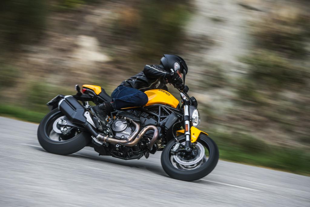 Ducati Monster 821 2018 prueba MotorADN (49)