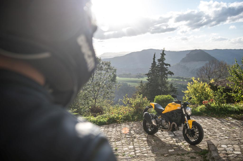 Ducati Monster 821 2018 prueba MotorADN (64)