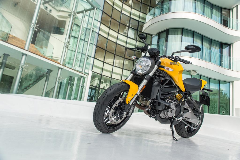 Ducati Monster 821 2018 prueba MotorADN (69)