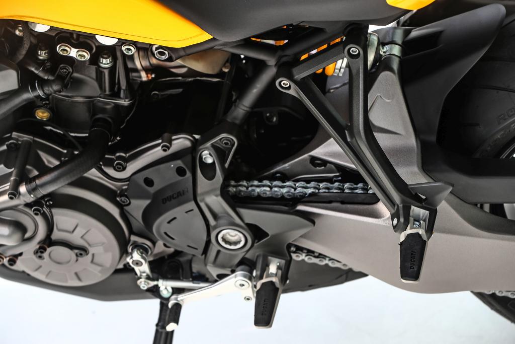 Ducati Monster 821 2018 prueba MotorADN (77)