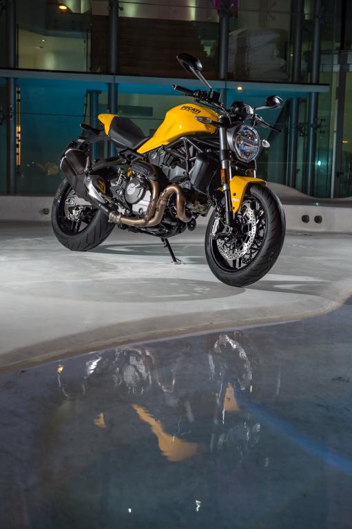 Ducati Monster 821 2018 prueba MotorADN (86)