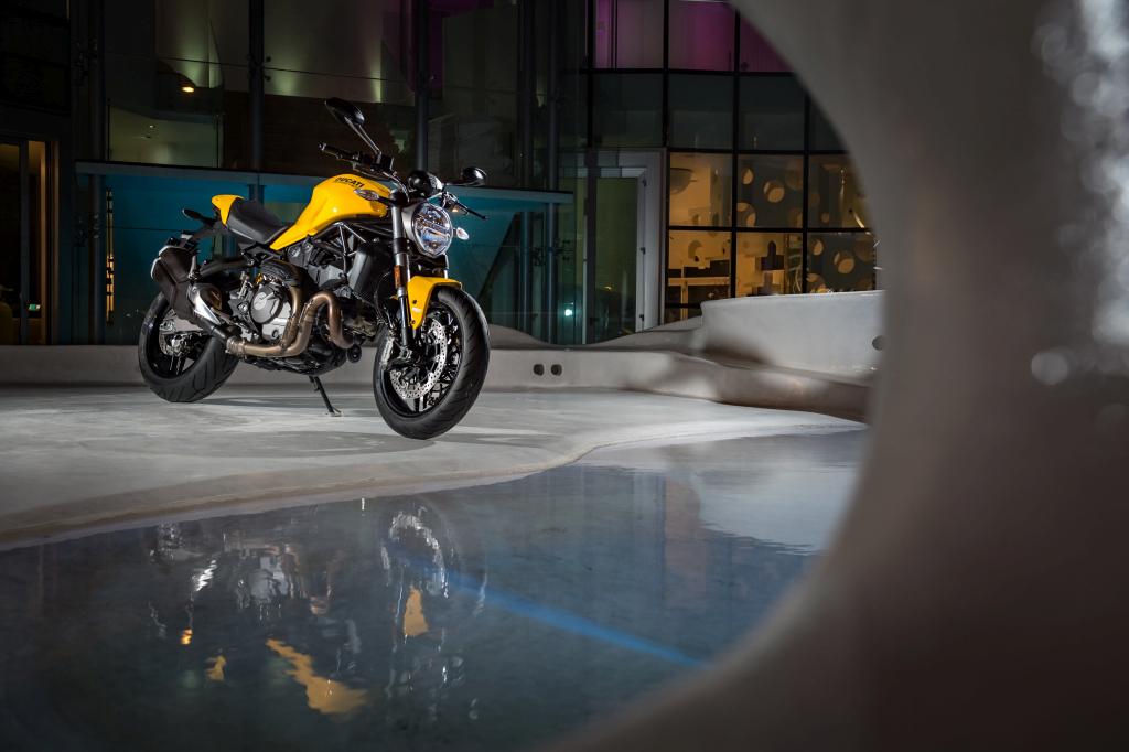 Ducati Monster 821 2018 prueba MotorADN (87)