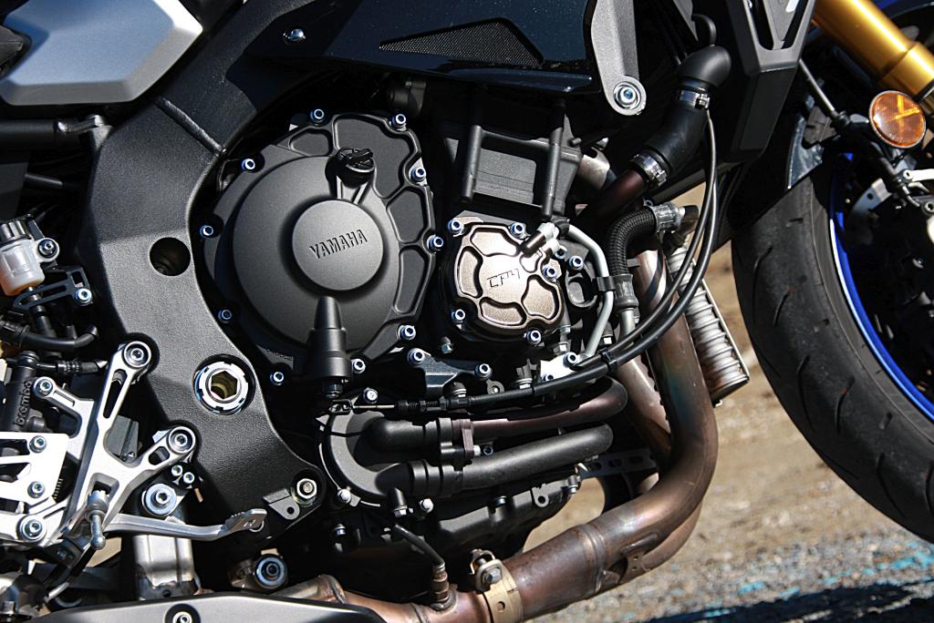 Yamaha MT10 SP 2018 prueba MotorADN (10)