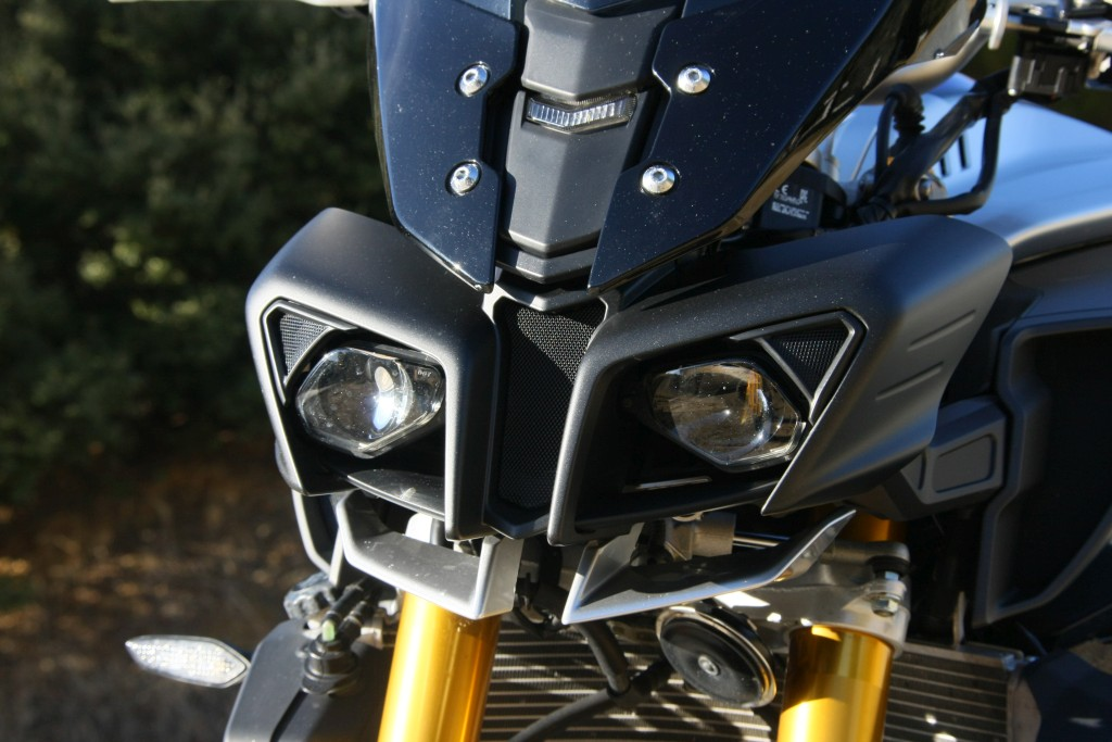 Yamaha MT10 SP 2018 prueba MotorADN (15)