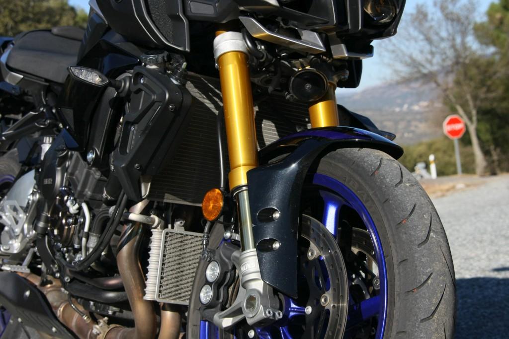 Yamaha MT10 SP 2018 prueba MotorADN (16)