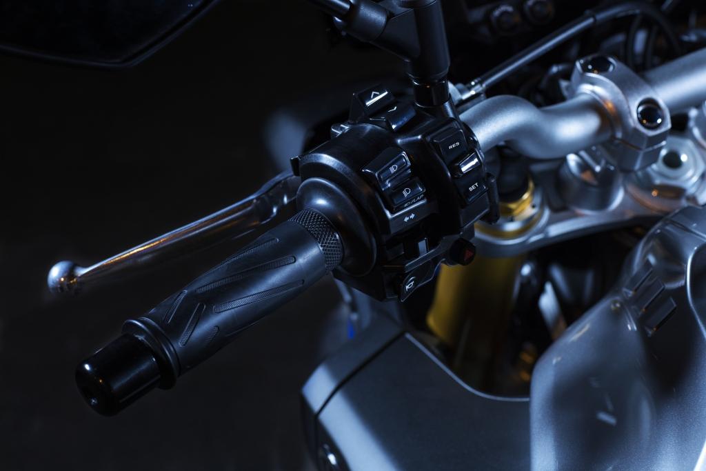 Yamaha MT10 SP 2018 prueba MotorADN (44)