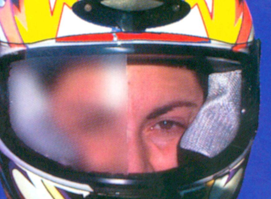 Fotos trucos antiempeñamiento pantallas de casco (15 imágenes)