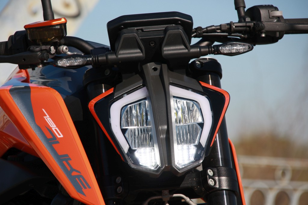 Prueba KTM 790 Duke 2018 MotorADN (38)