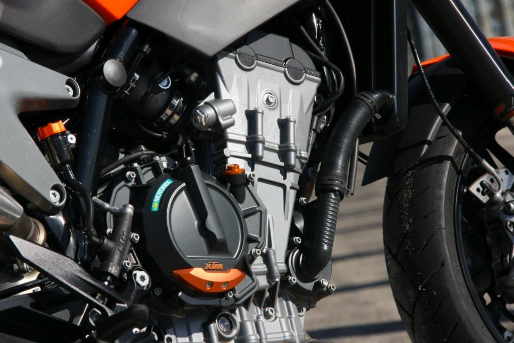 Prueba KTM 790 Duke 2018 MotorADN (6)