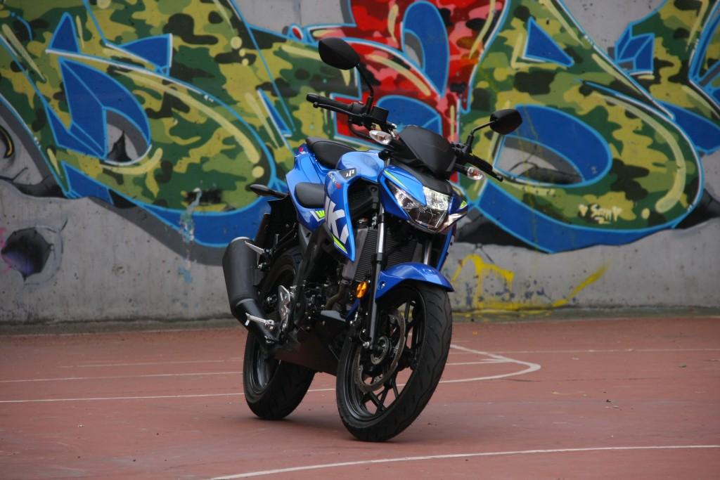 Prueba Suzuki GSX-S125 2018 MotorADN (15)
