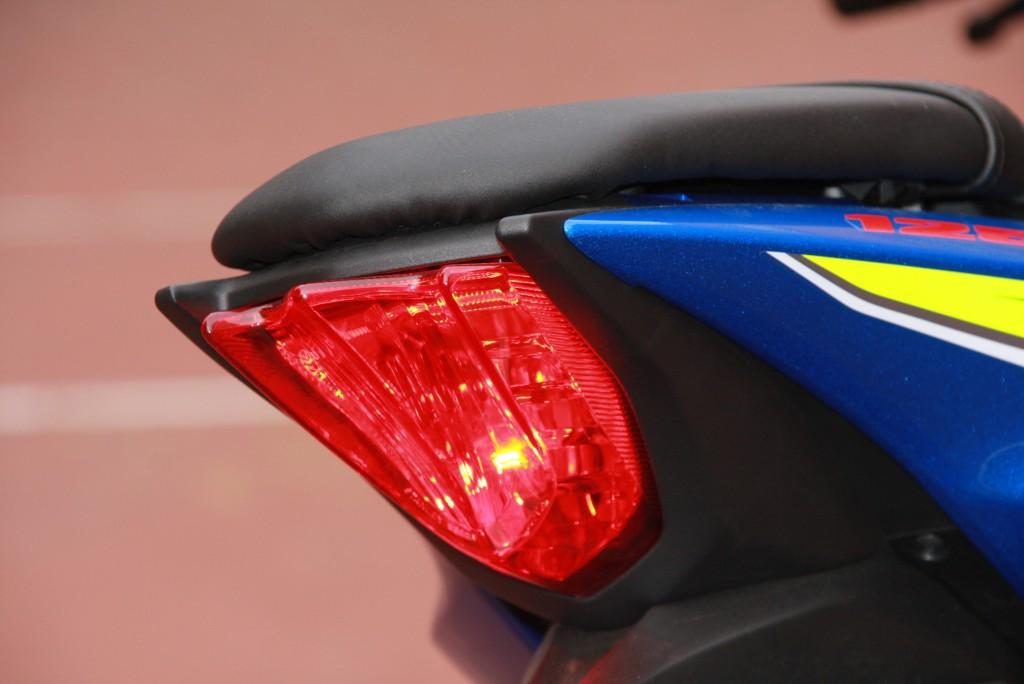 Prueba Suzuki GSX-S125 2018 MotorADN (32)