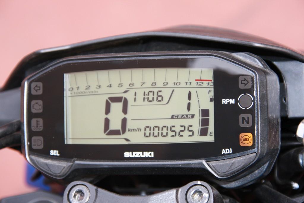 Prueba Suzuki GSX-S125 2018 MotorADN (33)