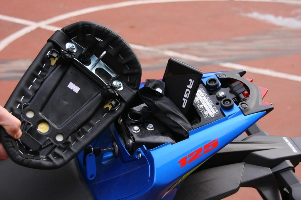 Prueba Suzuki GSX-S125 2018 MotorADN (38)
