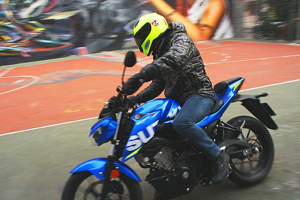 Prueba Suzuki GSX-S125 2018 MotorADN (4)