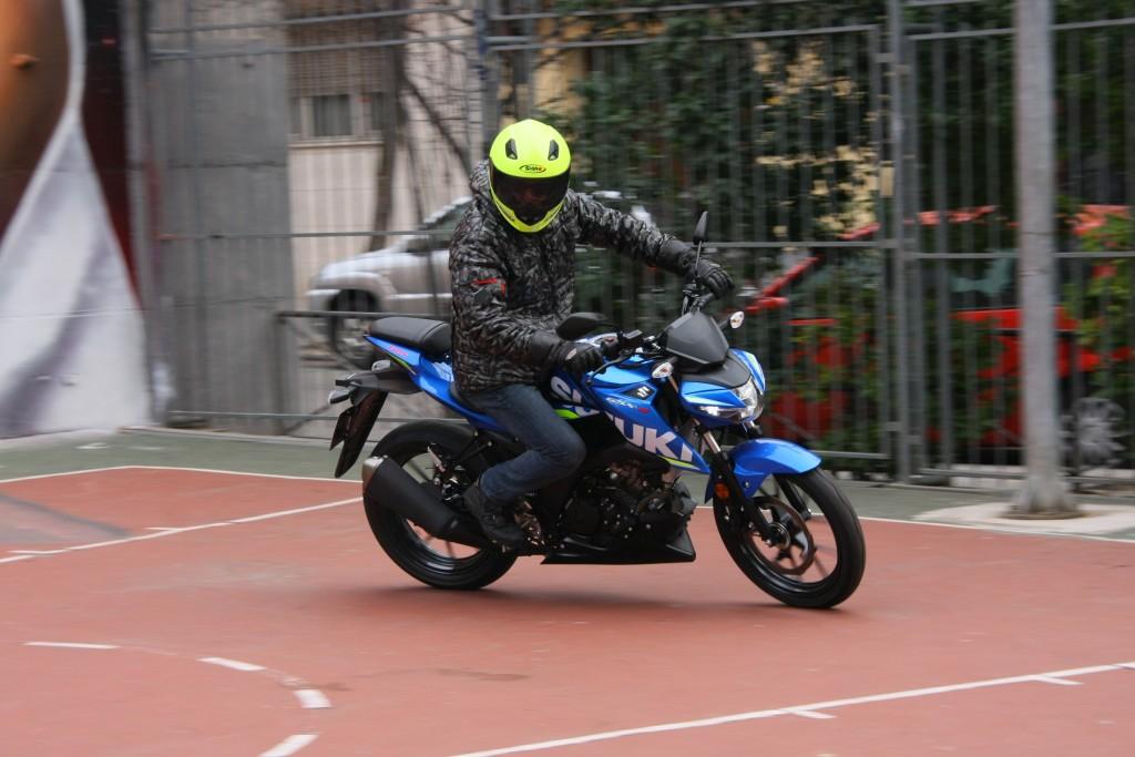 Prueba Suzuki GSX-S125 2018 MotorADN (46)