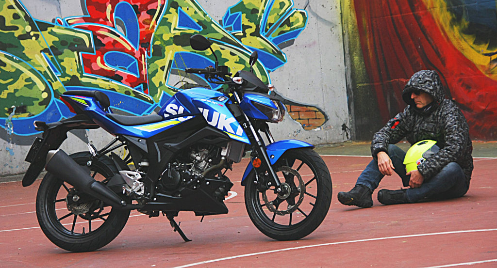Prueba Suzuki GSX-S125 2018 MotorADN (8)