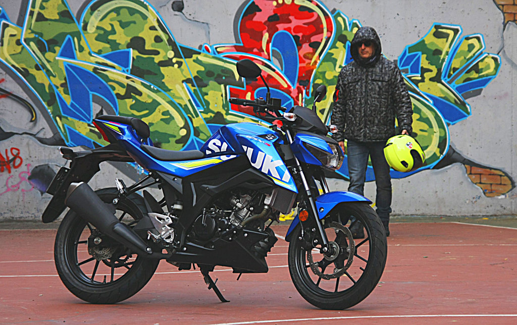 Prueba Suzuki GSX-S125 2018 MotorADN (9)