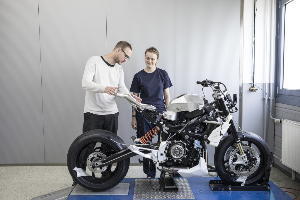 BMW Motorrad Concept 9cento MotorADN (18)