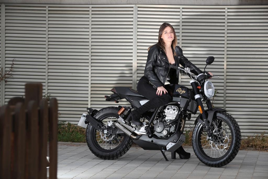 Rieju CenturY 125 2018 MotorADN (23)